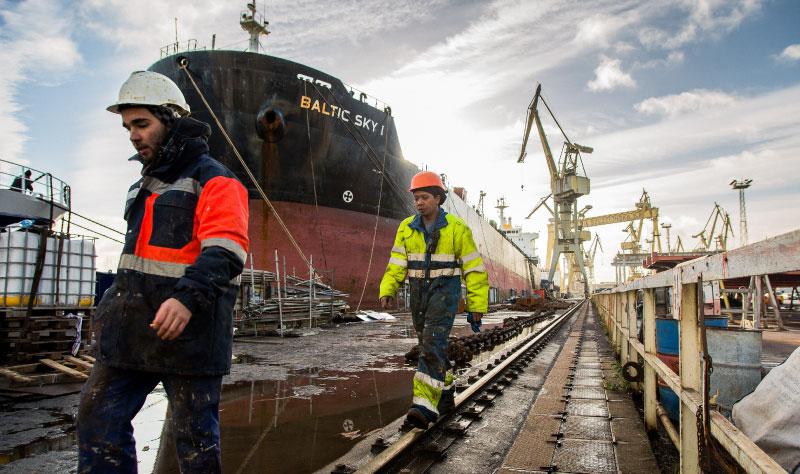"""""""Okrętowcy"""" uruchamiają projekt pozyskiwania pracowników"""